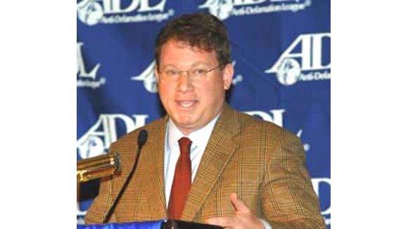 Dr Duke & Andy Hitchcock  – Jeffrey Goldberg, Israeli  Military Veteran & Iraq War Liar – Celebrated for totally unsubstantiated vile Lies about Prez Trump!