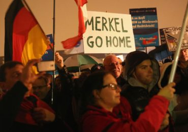 Germany: Angela Merkel's coalition split over border 'concentration camps' as pressures of refugee crisis take toll: Zio-Watch, October 17, 2015