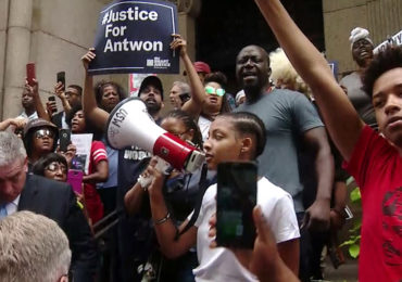 """Video shows martyred """"unarmed"""" black teen had just shot other black 13 minutes earlier"""